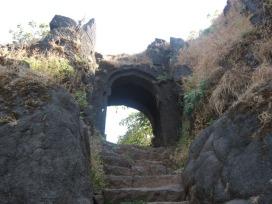 Bini Darwaza Torna Fort