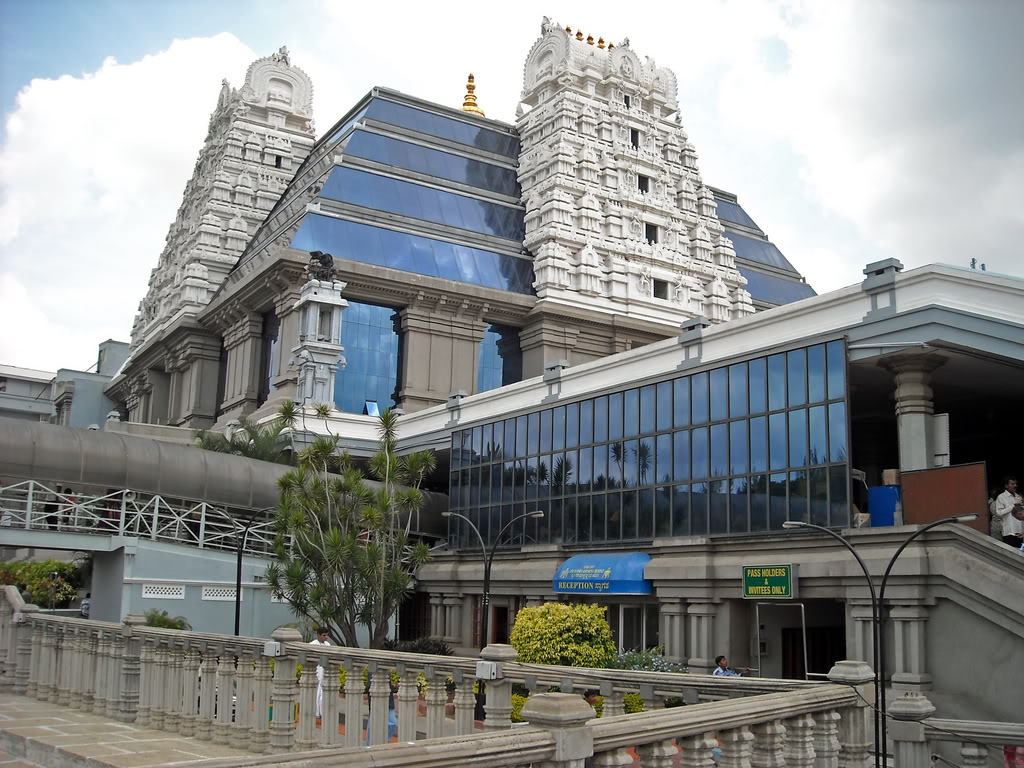 Photo Of The Week Iskcon Temple Bangalore Rugged Anay